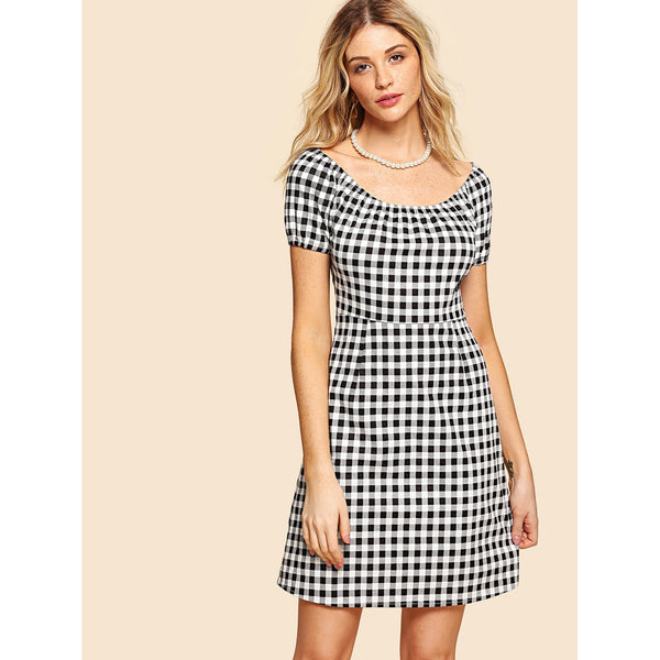 Casual Dresses - Women's Trendy Black And White Scoop Neck Short Sleeve Zip Up Side Plaid Dress