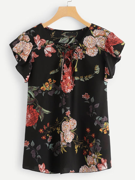 Plus Size Lace Up V Neck Floral Ruffle Top