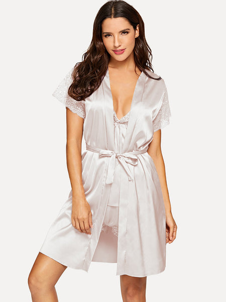 White Contrast Lace Pajama Set With Robe