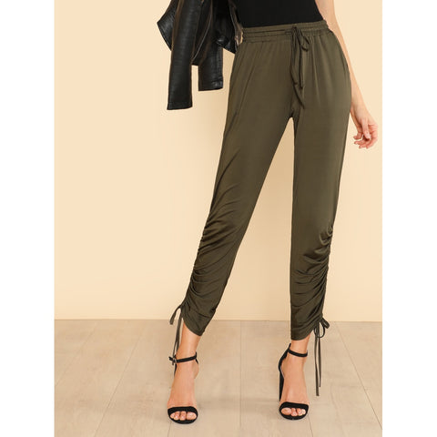 Sweatpants - Women's Trendy Army Green Mid Waist Plain Tapered Carrot Crop Pant