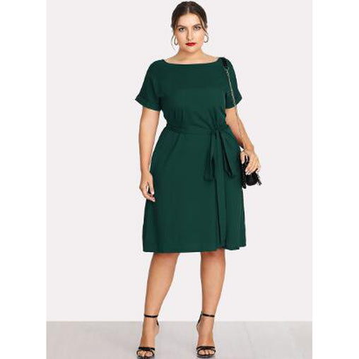 Plus Size Green Boat Neck Short Sleeve Shift Dress