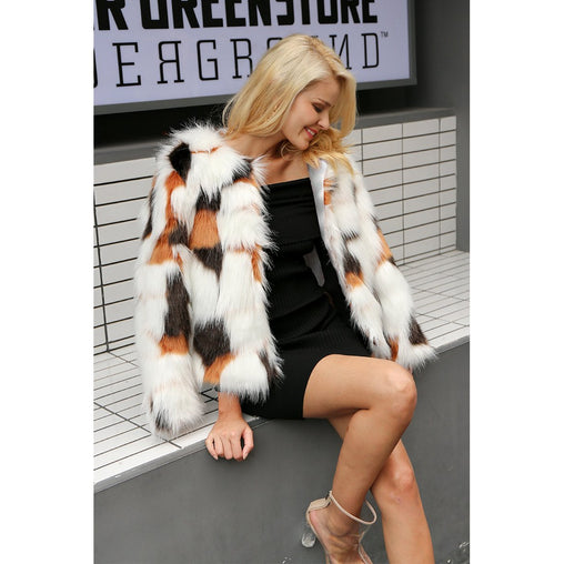 White Vneck Long Sleeve Faux Fur Coat