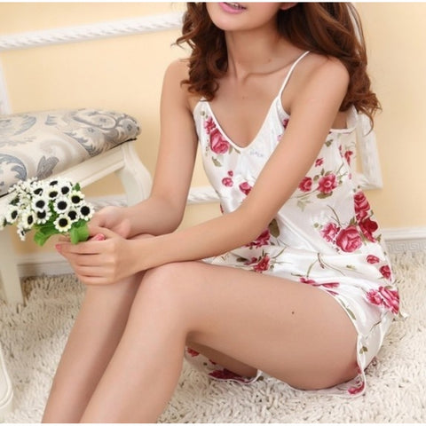 Jean Shorts - Women's Trendy Silk Flower Print Pajamas