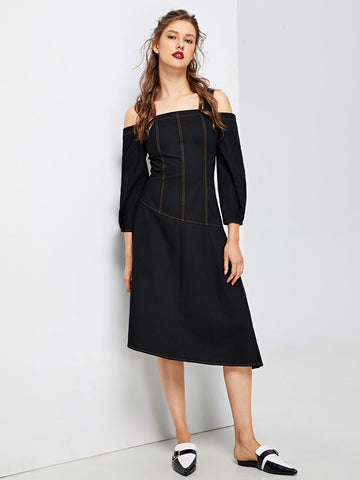 Day Dresses - Women's Trendy Black Cold Shoulder Bishop Sleeve Contrast Stitch Dress