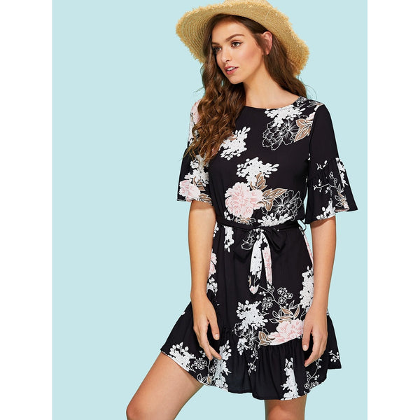 Day Dresses - Women's Trendy Black Boat Neck Half Sleeve Shift Dress