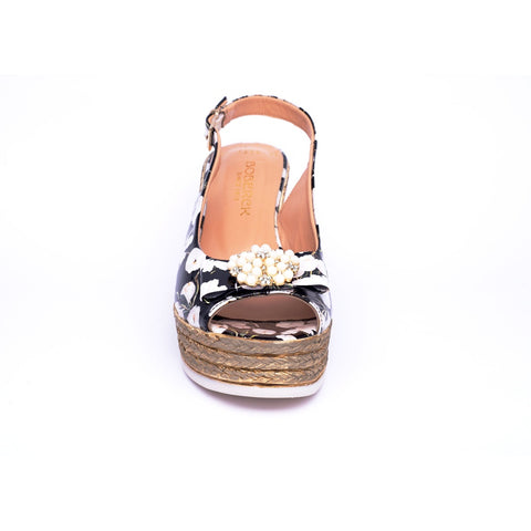 Black Faux Pearl Buckle Closure Flats