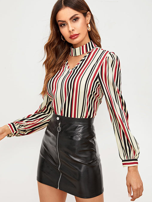 Vertical-stripe V Cut Choker Top