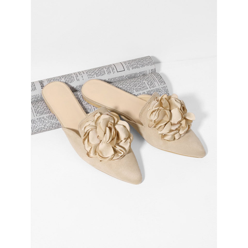 Apricot Pointed Toe Flower Applique Mules