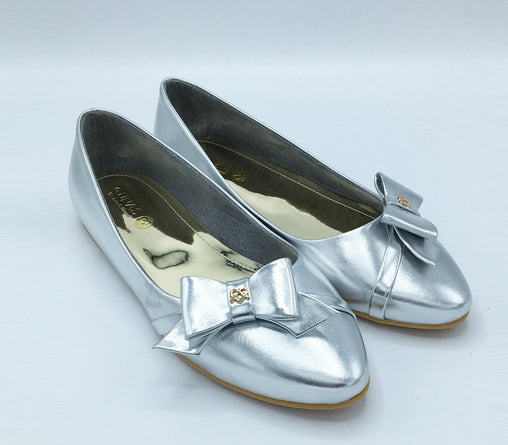 Women Silver bow flat Shoes