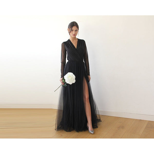Black V-Neck Sleeves Tulle Dress