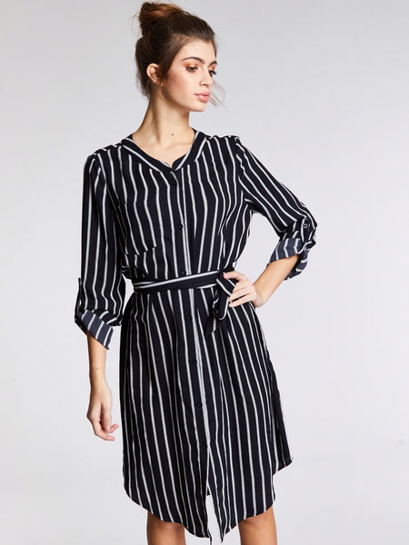 Black and White V-Neck Long Sleeve Midi Dress