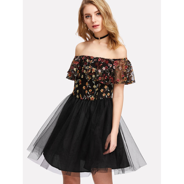 Cocktail & Party Dresses - Women's Trendy Black Off The Shoulder Sleeveless Embroidered Party Dress