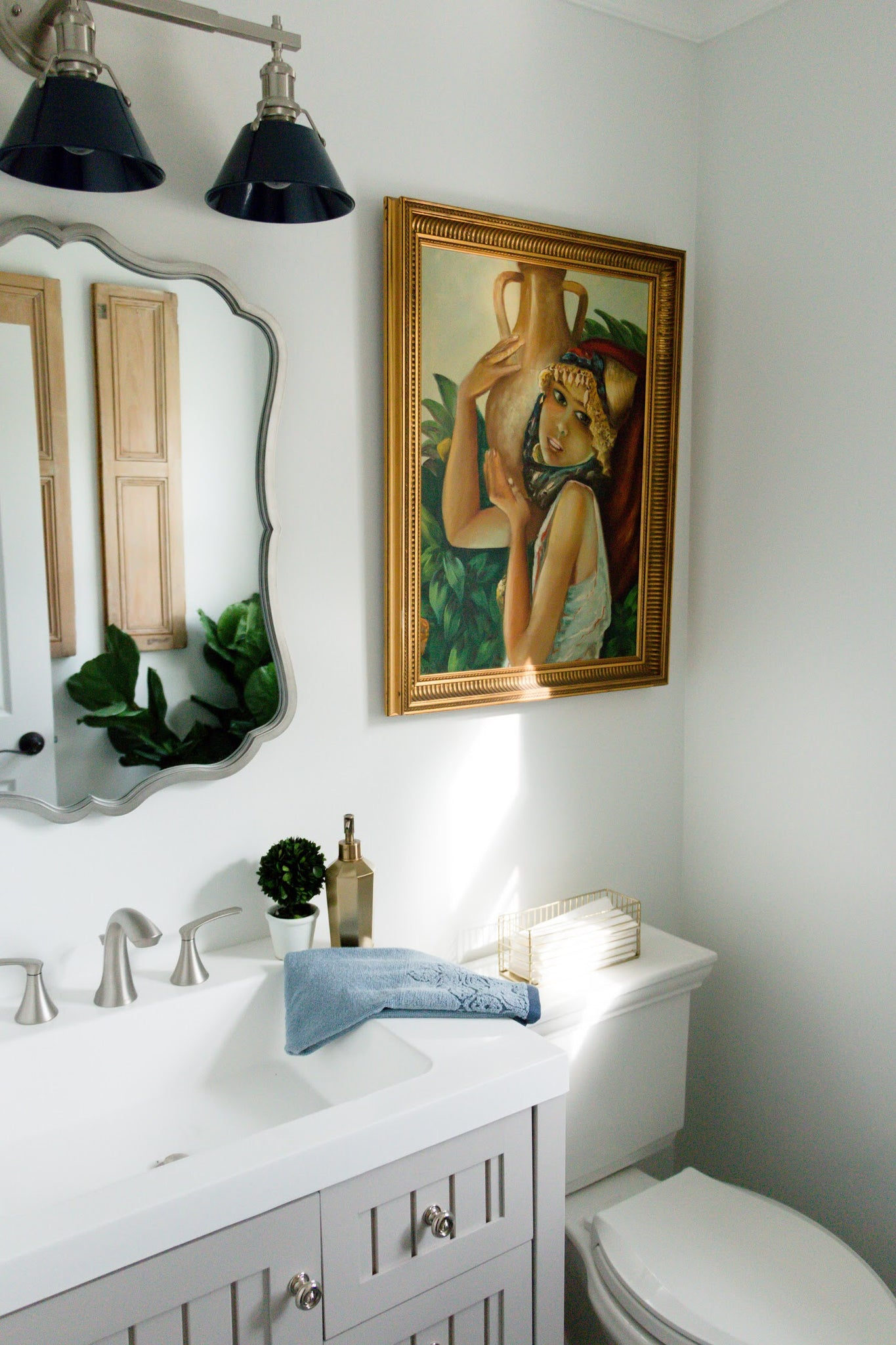 Mediterranean Style Powder Room