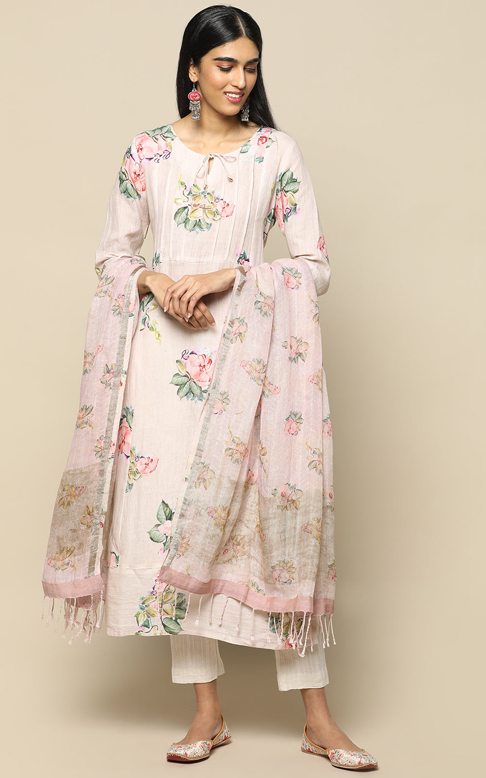 LIGHT BLUSH PINK LINEN KURTHA WITH PRINTED FLOWERS AND LINEN PRINTED DUPATTA