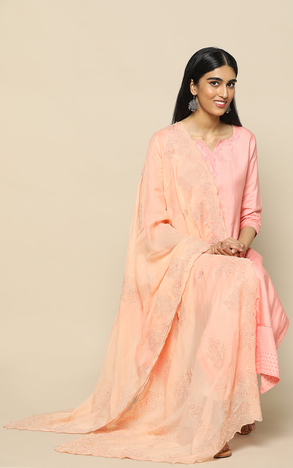 PEACH PINK STAPLE SILK KURTHA WITH BLOCK PRINT AND PINK EMBROIDERED DUPATTA