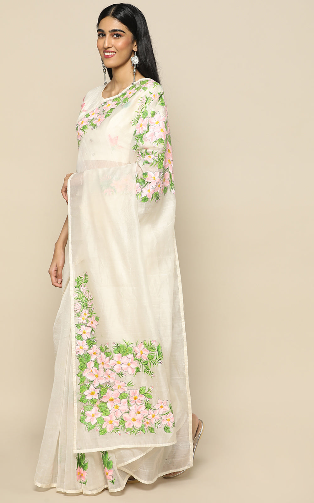 OFFWHITE CHANDERI SILK SAREE WITH PINK PASTEL HANDPAINTED FLOWERS