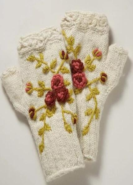 White Floral Knitted Casual Gloves & Mittens
