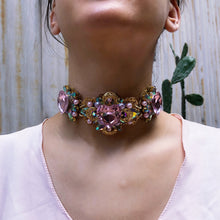 Queen of hearts Chunky Choker light rose heart choker