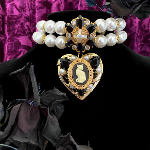 Clawdette Lolita Vintage XL Japanese Glass Pearl Choker