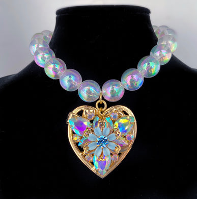 Azul Amor Bubble necklace with large heart pendant