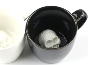 Black or White 3D Skull