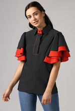 Load image into Gallery viewer, Black Piping Detailed Double Frill Sleeve Top Crop