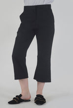 Load image into Gallery viewer, Black Wide Legged Culotte Pants
