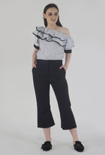 Load image into Gallery viewer, Black Wide Legged Culotte Pants style