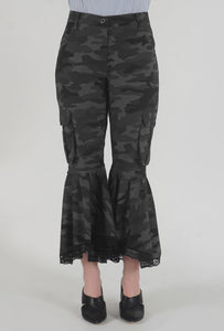 Grey Camouflage Lace Detailed Flounced Cargo Pants detail