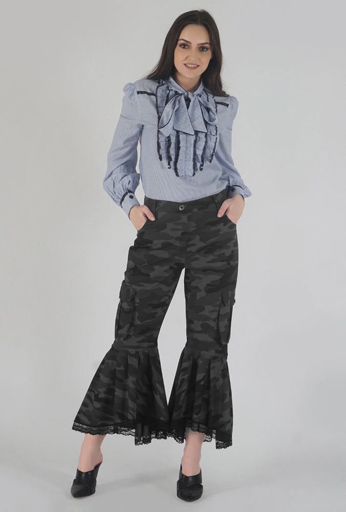 Grey Camouflage Lace Detailed Flounced Cargo Pants style