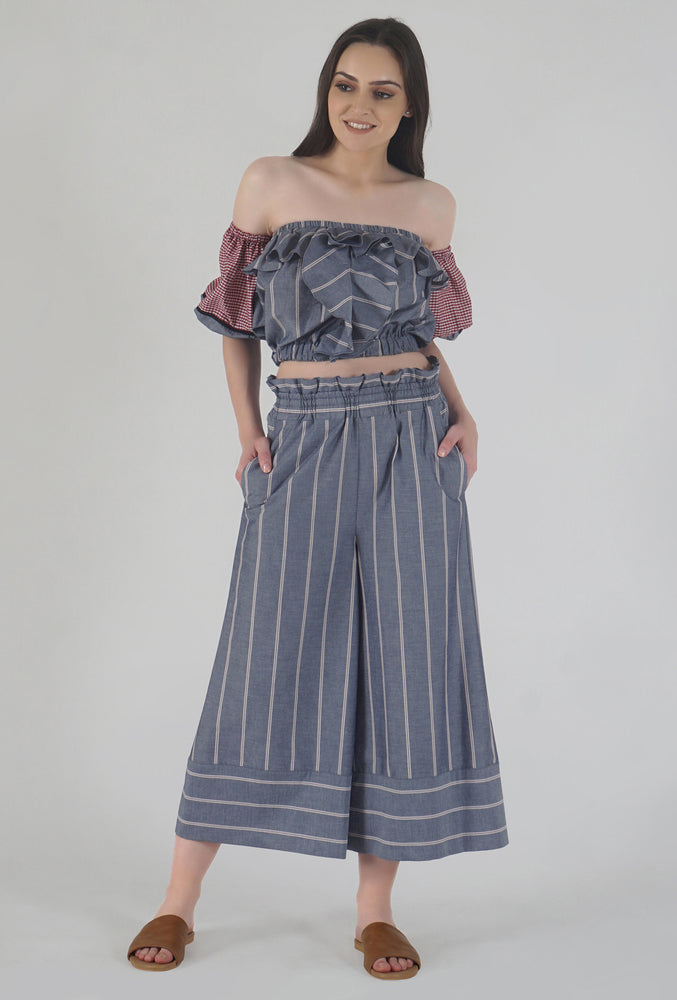 Grey Stripe Wide Legged Castellations Culotte Pants style