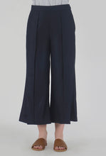 Load image into Gallery viewer, Navy Pleated Front Slit Culotte Pants detail