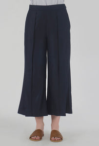 Navy Pleated Front Slit Culotte Pants detail