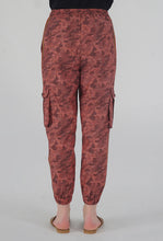 Load image into Gallery viewer, Salmon Camouflaged Stripe Jogger Pants back