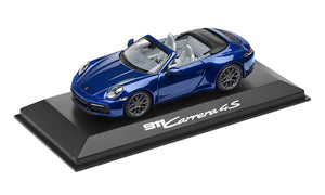 911 (992) C4S Coupé, gentian blue metallic, 1:43