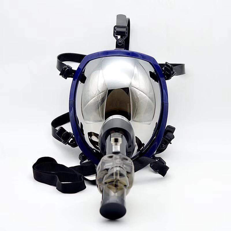 GAS MASK - PILOT w ACRYLIC WATER PIPE M10