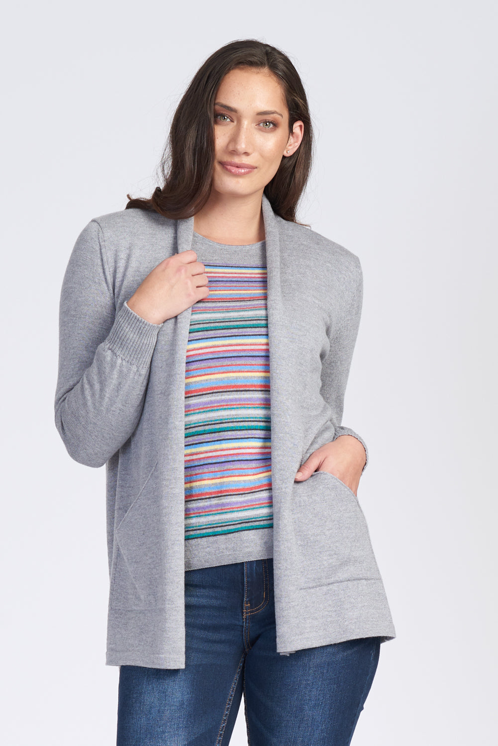 Ladies open front cardigan with long sleeves and pockets. 100% Extra Fine Merino.  Extra long at hip length.