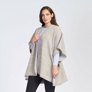 Women's plaid pattern cape. 100% Baby Alpaca Wool.