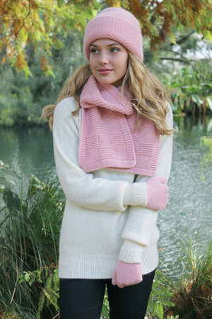 Ladies checkerboard pattern, knit scarf. Heavy double knit makes it appear hand knitted. Super warm Alpaca.