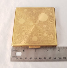 VINTAGE REX FIFTH AVENUE GOLD COMPACT POWDER BOX WITH CASE