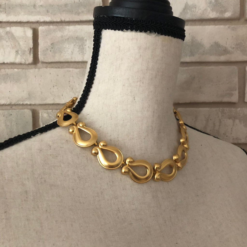 Anne Klein Classic Matt Gold Horse Shoe Link Necklace-Sustainable Fashion with Vintage Style-Trending Designer Fashion-24 Wishes