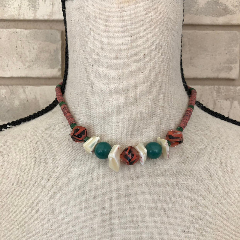 update alt-text with template Kenneth Jay Lane Puka Shell Boho Vintage Necklace-Necklaces & Pendants-Kenneth Jay Lane-[trending designer jewelry]-[kenneth jay lane KJL jewelry]-[Sustainable Fashion]