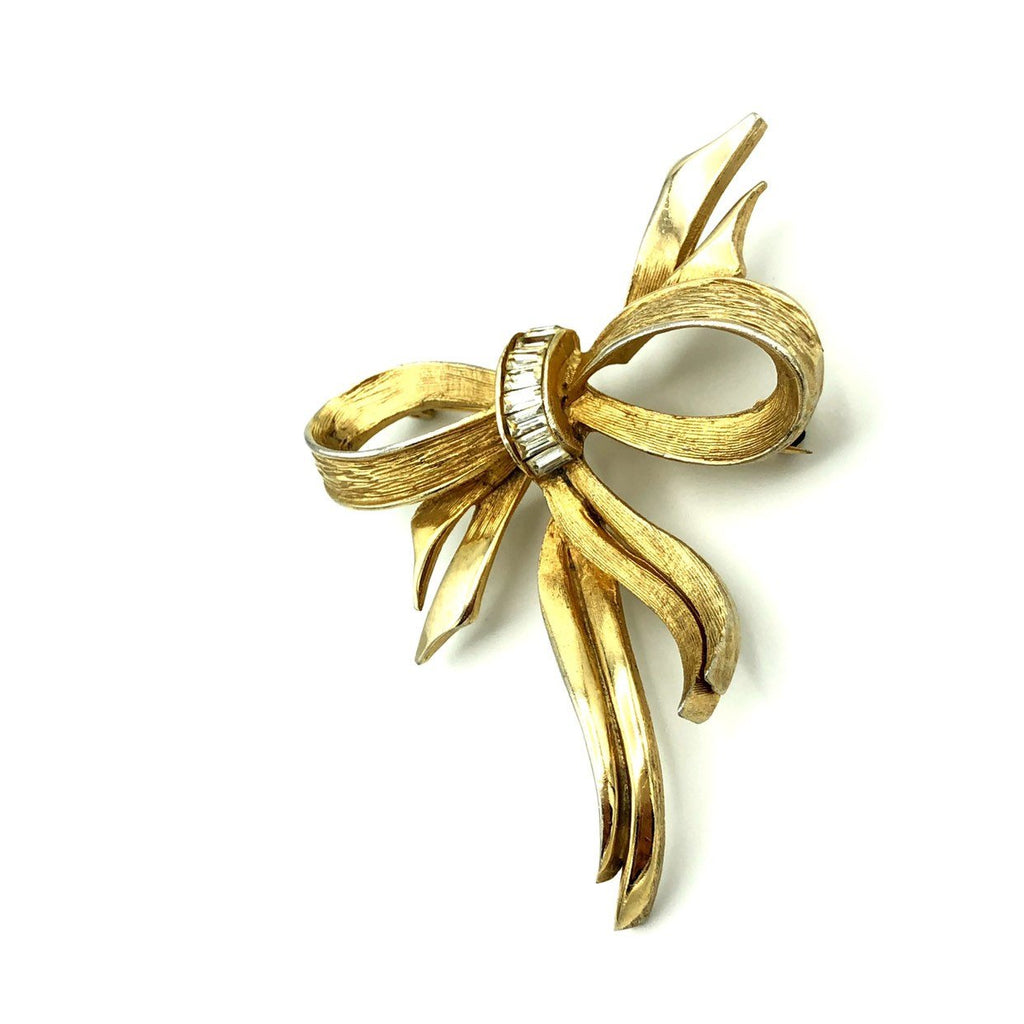 Classic Pell Gold Bow Ribbon Brooch