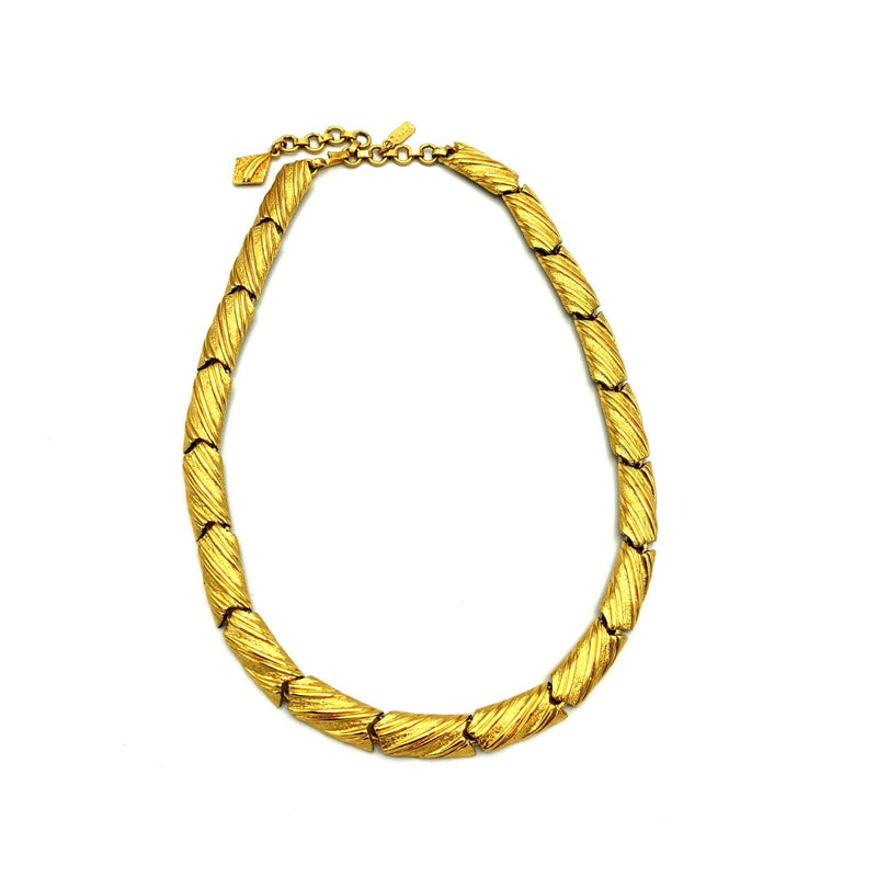 update alt-text with template Classic Monet Gold Textured Link Necklace-Necklaces & Pendants-Monet-[trending designer jewelry]-[monet jewelry]-[Sustainable Fashion]
