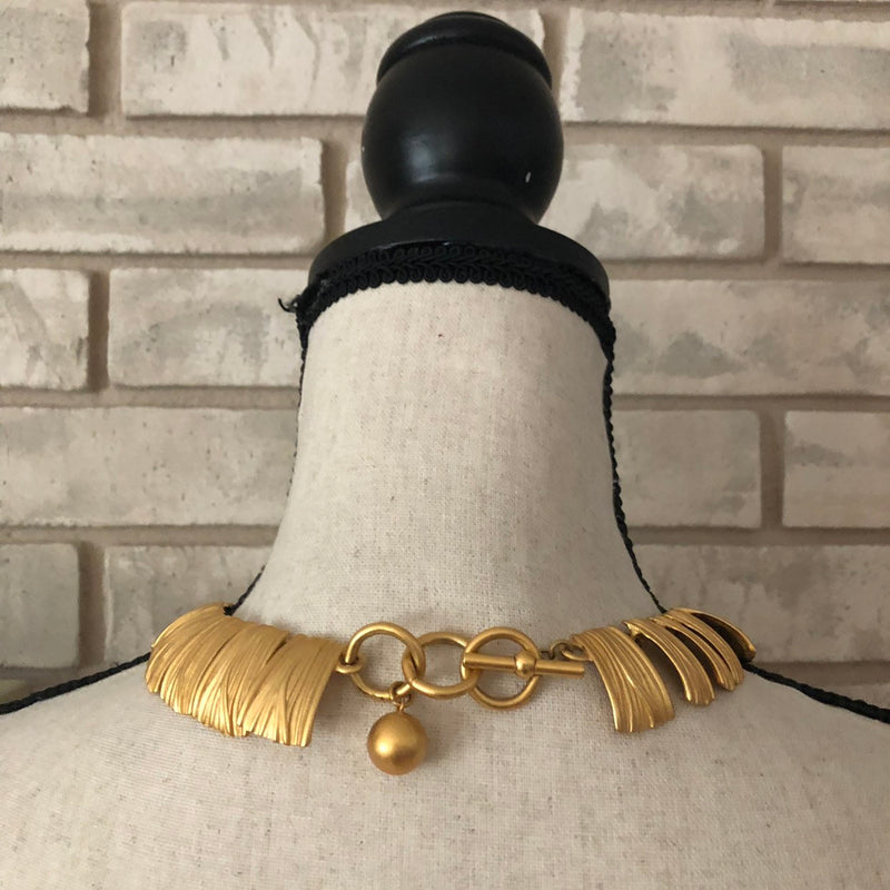 Anne Klein Classic Gold Link Modernist Necklace