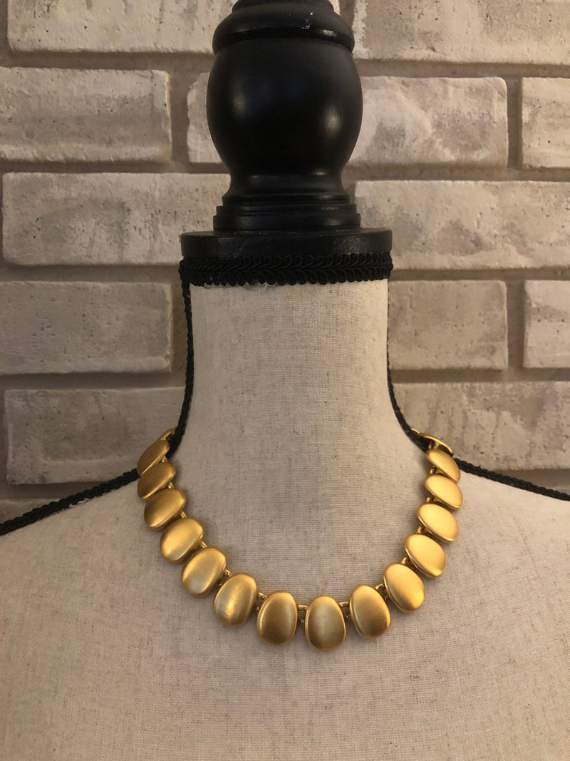 Vintage Anne Klein Classic Gold Necklace