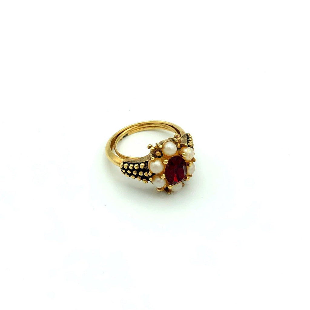 Vintage Avon Ruby Red Victorian Style Ring