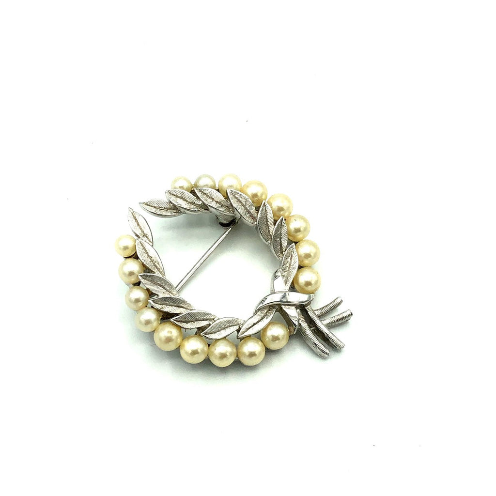 Vintage Silver Trifari Classic Laurels Wreath Pearl Brooch-Sustainable Fashion with Vintage Style-Trending Designer Fashion-24 Wishes