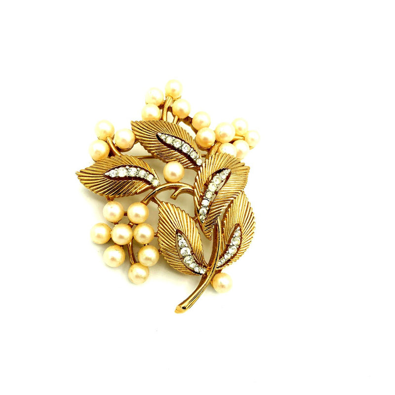 update alt-text with template Vintage Gold Trifari Classic Floral Pearl Brooch-Brooches & Pins-Trifari-[trending designer jewelry]-[trifari jewelry]-[Sustainable Fashion]