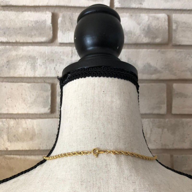 update alt-text with template Vintage Gold Trifari Layering Rope Chain Necklace-Necklaces & Pendants-Trifari-[trending designer jewelry]-[trifari jewelry]-[Sustainable Fashion]